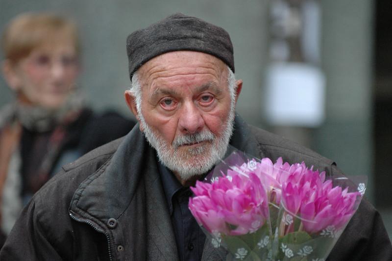 051009 9711 Georgia - Tbilisi - Georgian People Celebrating Sunday _E _I _L _N ~E ~L