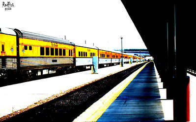 Train - high contrast