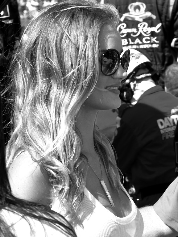 Past model of the year, best dressed, Rosie Huntington-Whitele y in the pit at the 2011 Daytona 500