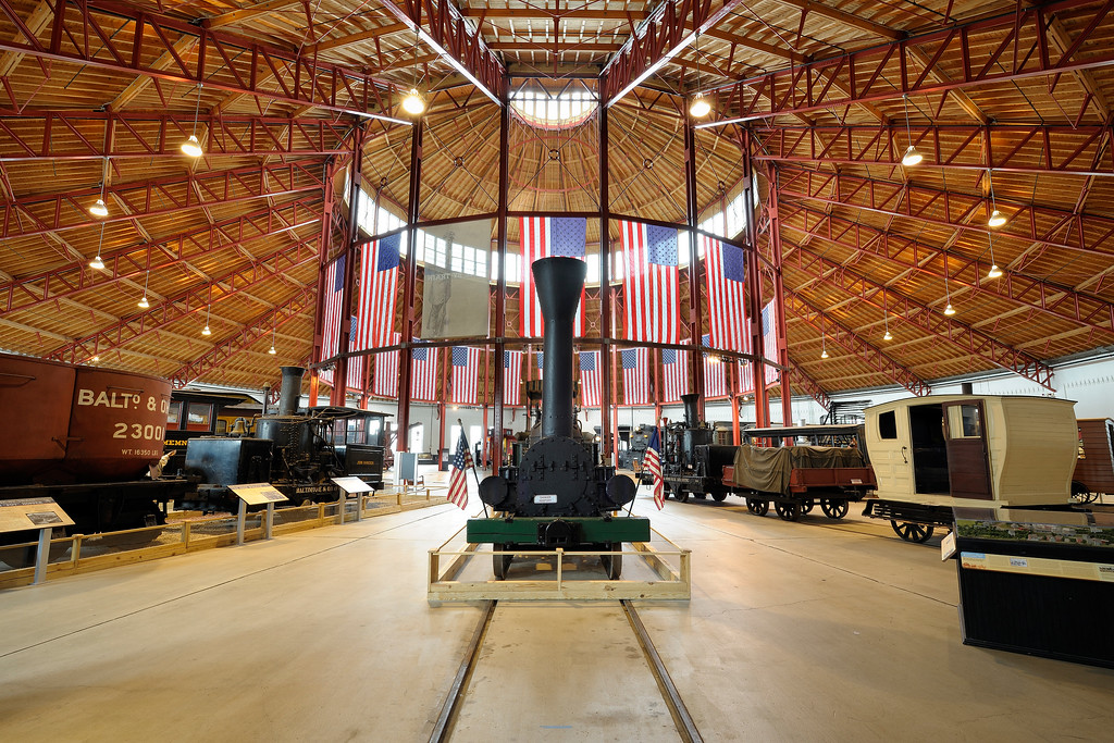 B&O Railroad Museum 6s, at f/13 || E.Comp:0 || 16mm || WB: AUTO 0. || ISO: 200 || Tone:  || Sharp:  || Camera: NIKON D700on: 2015:02:09 10:58:58