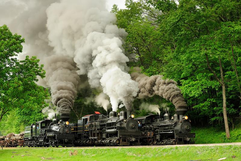 Three Train Race, Railfan Weekend 2011