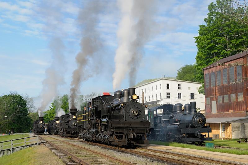 Cass Scenic Railroad State Park 1/ 90s, at f/11 || E.Comp:0 || 56mm || WB: AUTO 0. || ISO: 200 || Tone:  || Sharp:  || Camera: NIKON D700on: 2013:05:17 08:29:29