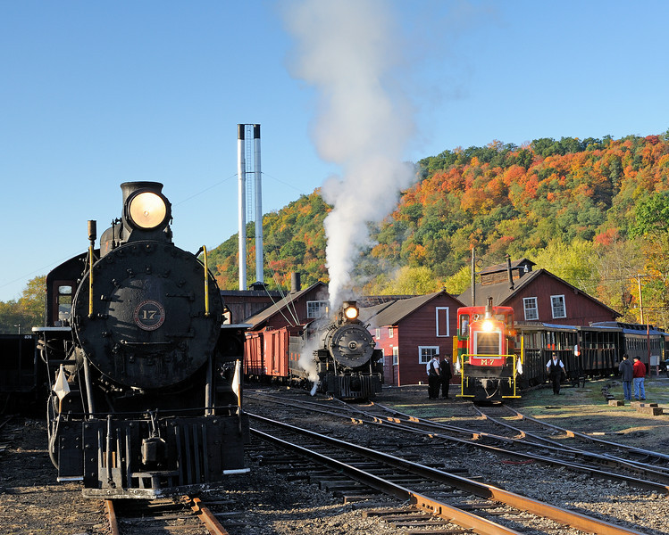 #17 and #15 and M-7 at the Rockhill Yard