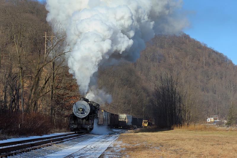 Western Maryland Scenic Railroad 1/ 250s, at f/9.5 || E.Comp:0 || 70mm || WB: AUTO 0. || ISO: 200 || Tone:  || Sharp:  || Camera: NIKON D700on: 2012:01:06 09:37:08