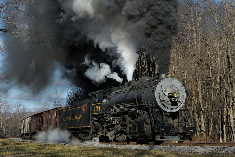 Western Maryland Scenic Railroad 1/ 350s, at f/9.5 || E.Comp:0 || 70mm || WB: AUTO 0. || ISO: 200 || Tone:  || Sharp:  || Camera: NIKON D700on: 2012:01:08 14:45:45