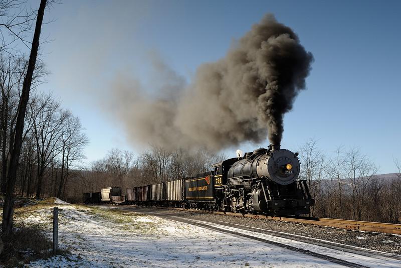 Western Maryland Scenic Railroad 1/ 250s, at f/8 || E.Comp:0 || 31mm || WB: AUTO 0. || ISO: 200 || Tone:  || Sharp:  || Camera: NIKON D700on: 2012:01:06 13:40:23