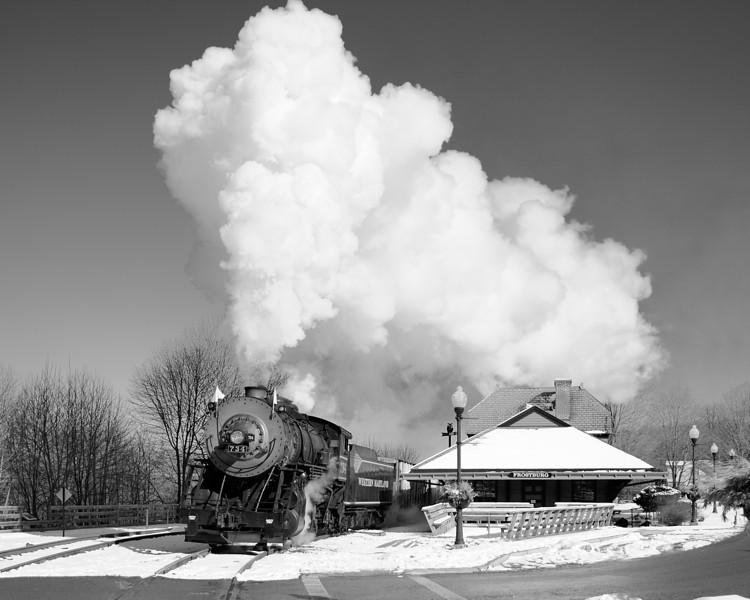 C&P Frostburg Depot Black and White