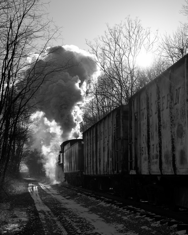 Western Maryland Scenic Railroad 1/ 250s, at f/9.5 || E.Comp:0 || 48mm || WB: AUTO 0. || ISO: 200 || Tone:  || Sharp:  || Camera: NIKON D700on: 2012:01:06 09:34:05