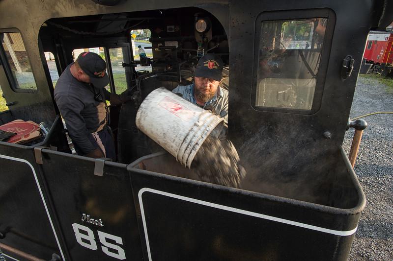 Loading Coal - Jeddo Coal Co #85