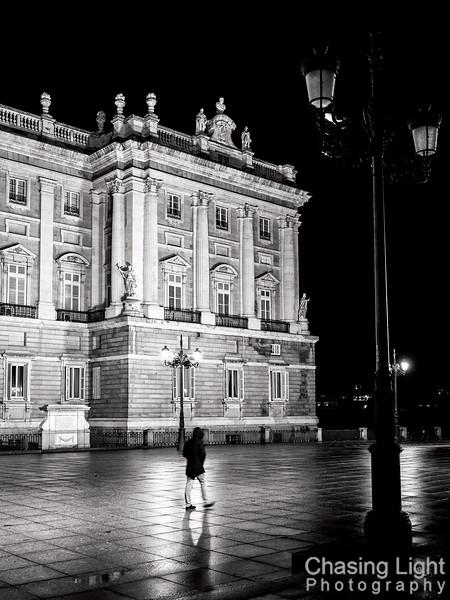 Night Stroll at the Royal Palace