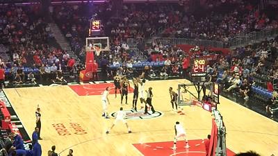 PA250022 NBA 跳球