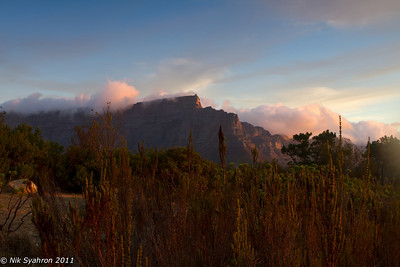 Table Mountain and the rolling clouds at dusk