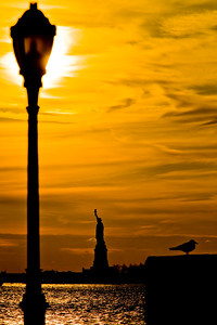 Sunset at the Statue of Liberty  Photographing New York City. http://amzn.to/dfgnyc