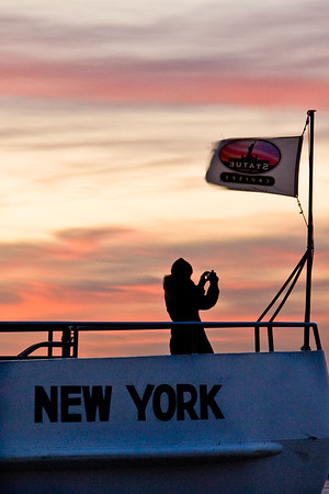 """Photographing New York City. <a href=""""http://amzn.to/dfgnyc"""">http://amzn.to/dfgnyc</a>"""
