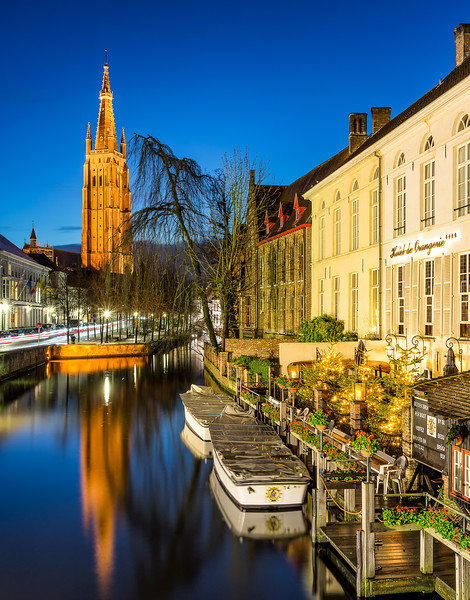 Romance Along the Canals