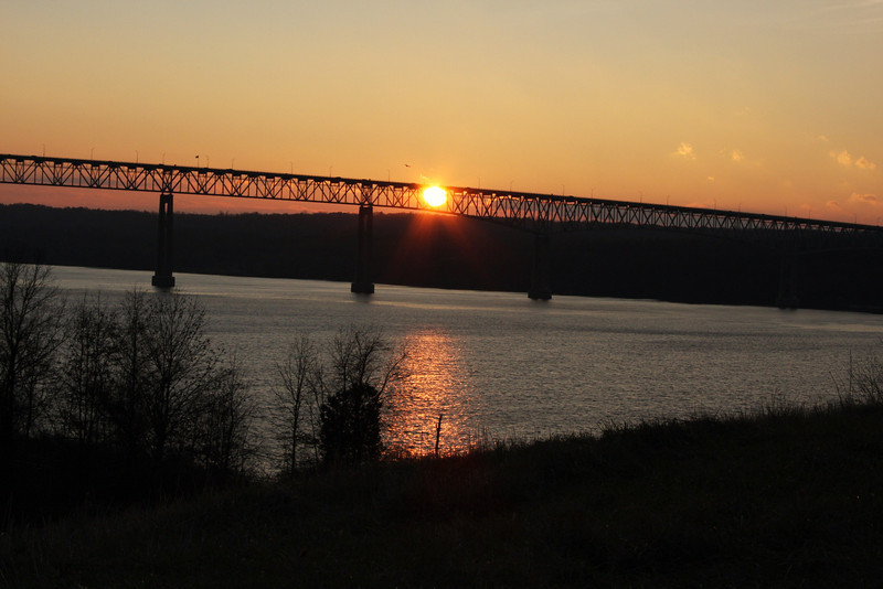 Rhinecliff Bridge