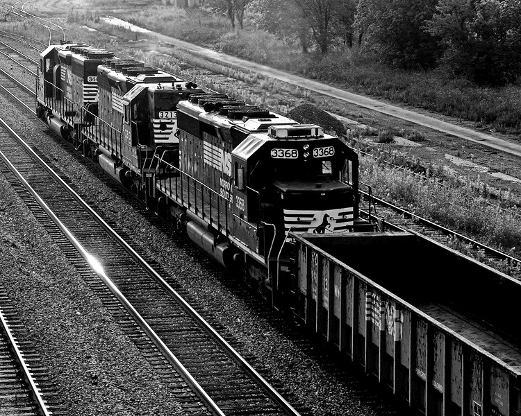 Eastbound Norfolk Southern Train Early Morning Birmingham