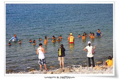 朗島國小游泳課 不在游泳池