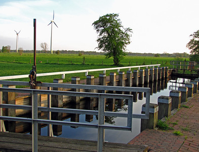 WINDFARM and CANAL (1)