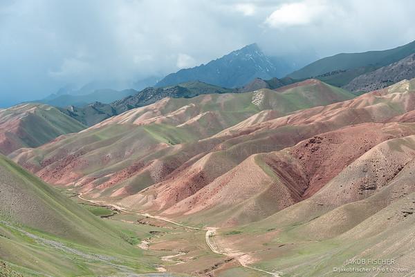 kyrgyz mountains around Uch-Tyube