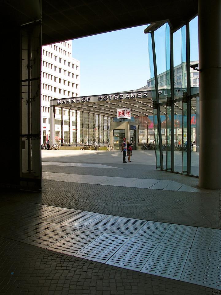 Potsdamer Platz Bahnhof