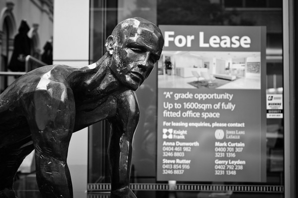 Queen St statue  - For lease, Brisbane, Australia