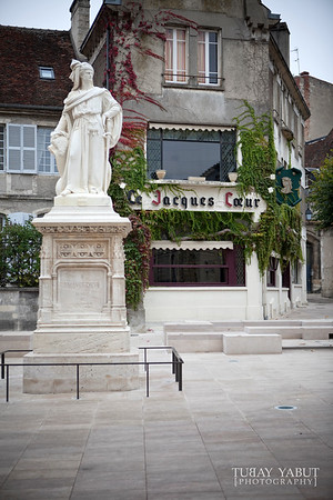 statue of Jacques Cœur in Bourges