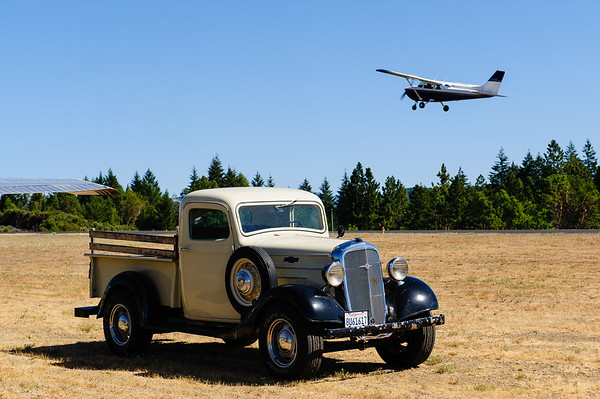 Old an new at Ells-Willits airport