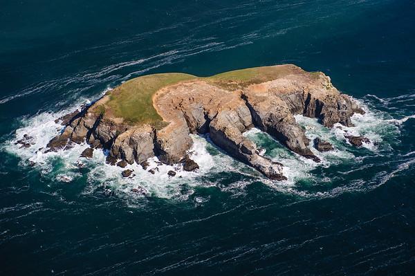 Little island just in front of the Oregon Coastline between Eureka-Gold Beach