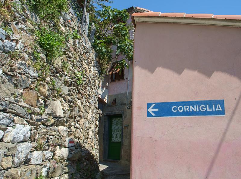 Sign to Corniglia