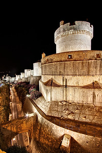 The walls of Dubrovnik at night.