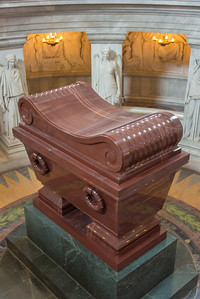 Napoleon coffin contains 6 additional coffins inside it