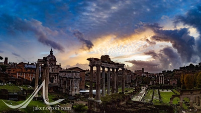 Overlooking the Tempio di Saturno ruins at sunrise, Rome, Italy.