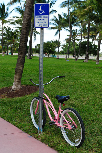 Pink bike at Miami South Beach