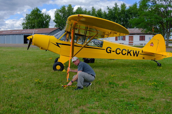 Tying down the Cub