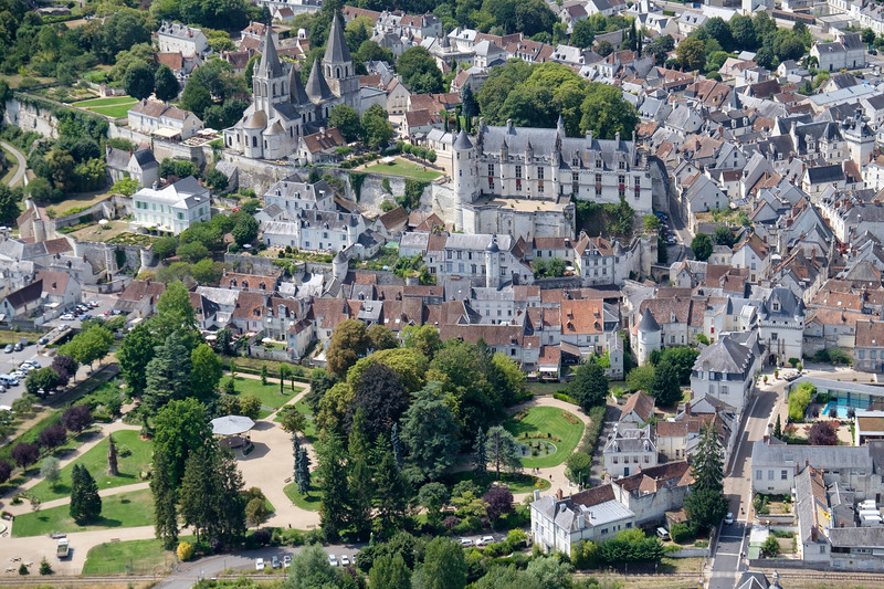 Loches, Saint Ours church and Logis Royal castle