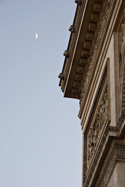 L'Arc de Triomphe & la Lune Paris, France — May 2009