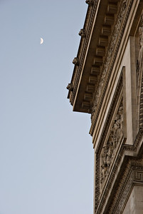L'Arc de Triomphe & la Lune Paris, France — May 2009