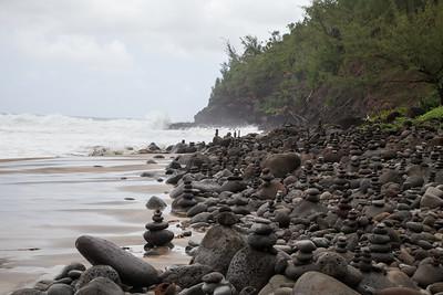 Hanakapiai Stream Monuments IMG_7652