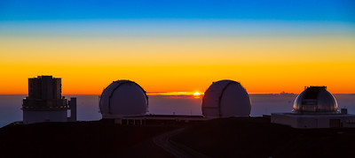sunset on the summit of mauna kea