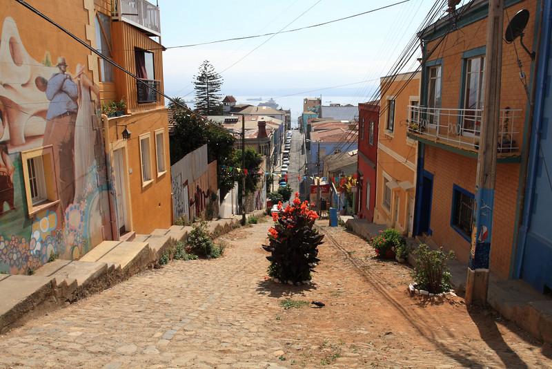 Walking through Valparaiso and Vina del Mar