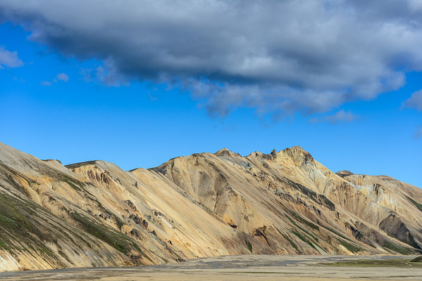 Clouds and mountains, Landmannalaugar