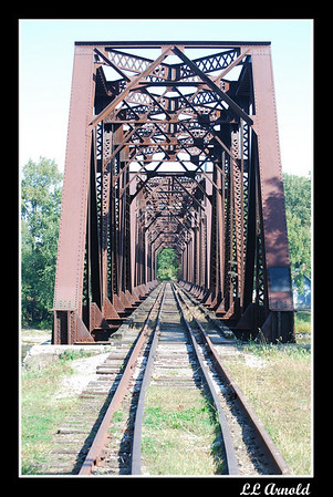 RR bridge over the Maumee River in Grand Rapids, Oh