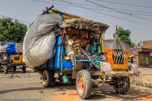 Selfmade truck in Mathura