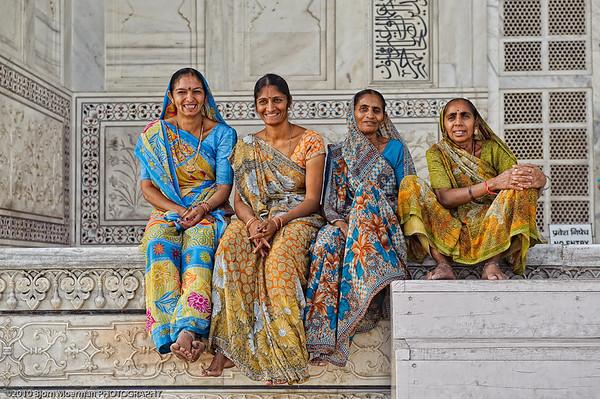 Smiley Indian females at the Taj Mahal, Agra