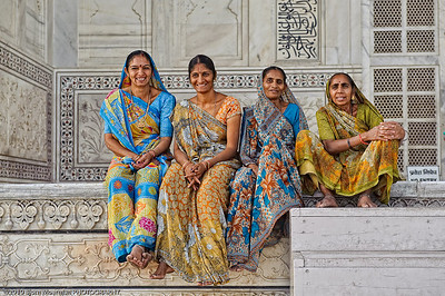Smiley Indian females at the Taj Mahal, Agra