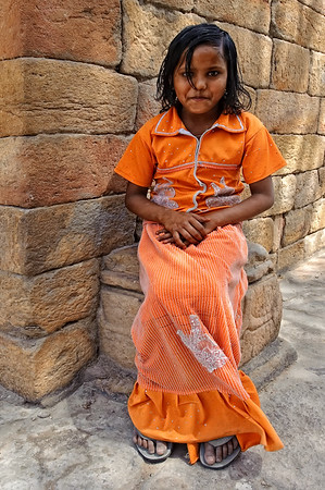 Indian girls wanting to be a model at Qutb Minar, Delhi