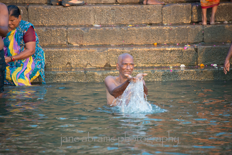 Ganges morning ritual