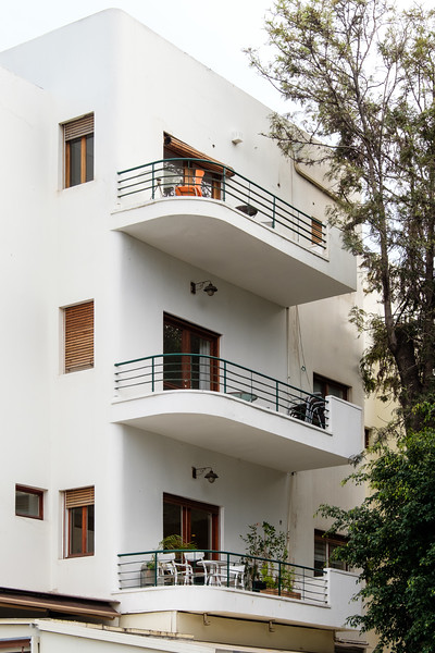 142 Rothschild Blvd. (D. Karmi, 1935), in the White City, Tel Aviv