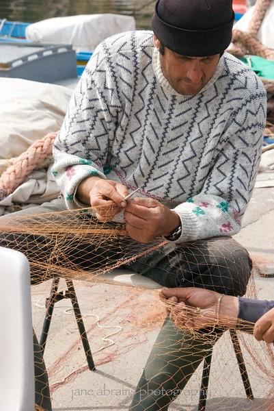 repairing the net, Sicily